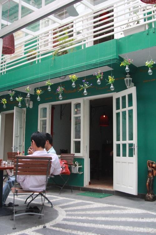 kindle cafe 10
