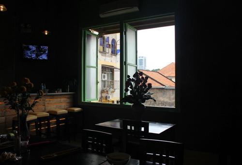 Cafe chung cu Q1