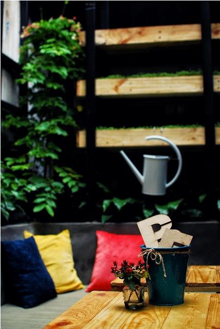 quan-cafe-yen-tinh-o-quan-10-006