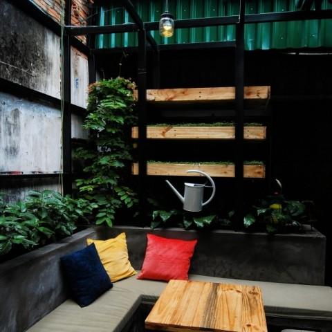 quan-cafe-yen-tinh-o-quan-10-007